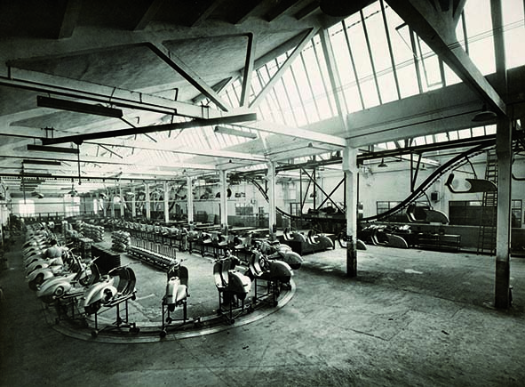 002 Pontedera factory 1950