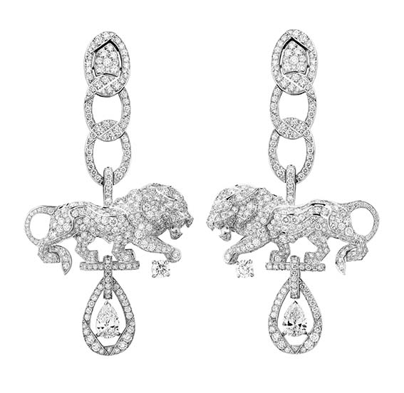 Chanel « Collection L'Esprit du Lyon »  Boucles d'Oreilles Timeless