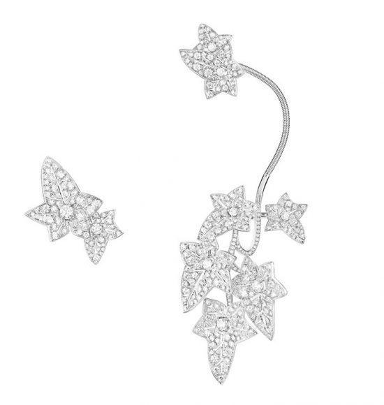 Boucles d'oreilles Lierre de Paris  pavés de diamants, sur or blanc.