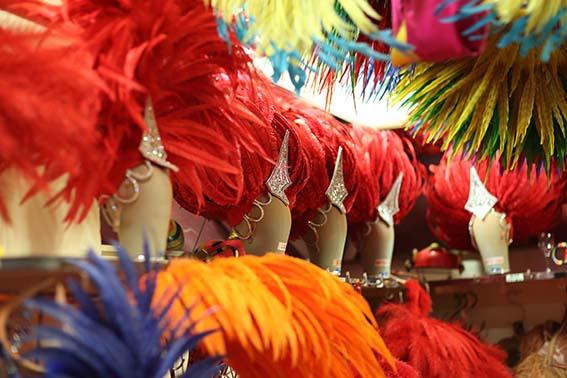 Costumes backstage© Moulin Rouge - J.Habas