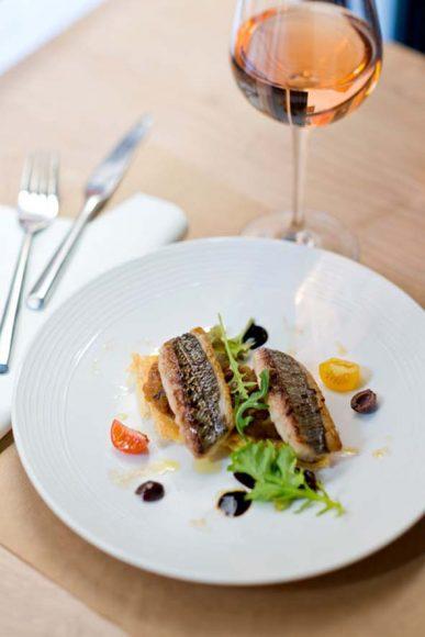 Restaurant Olive et Artichaut à Nice chef Thomas Hubert et sa compagne/ pour Maisons Côté Sud