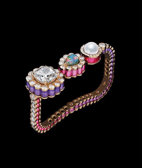Dior Bague Double «Dior et Moi» En or rose, diamants, perle de culture blanche,  opale blanche et laque