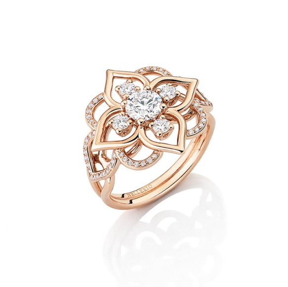 Mellerio Bague Giardino En or rose et diamants dont un central de 0,50 carats